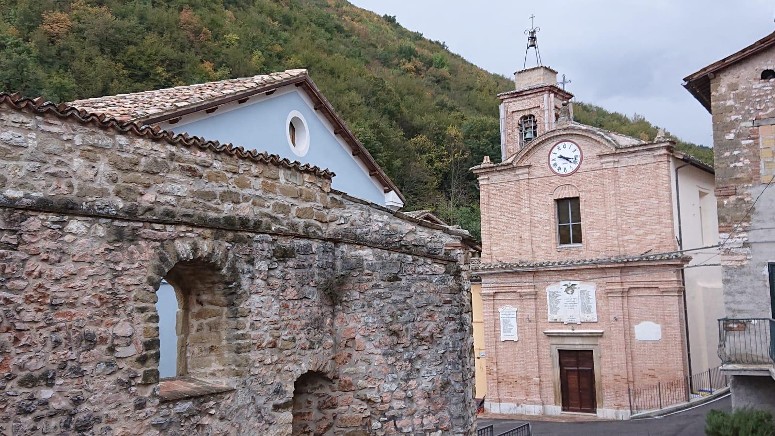 chiesa-santa-maria-serrapetrona-8